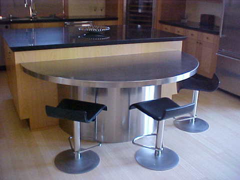 stainless_steel_table_full