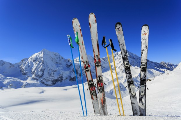 Ski Equipments: Renting vs. Buying