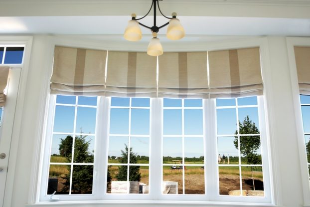 Valuable Facts About Roman Blinds- Types and Benefits