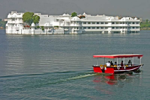 Udaipur Boating at Lake Pichola