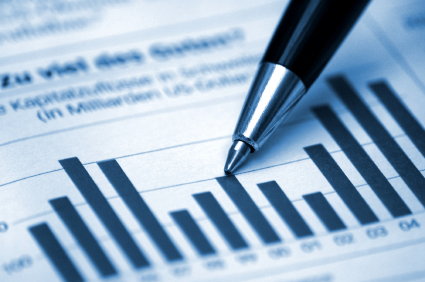What Does A Financial Analyst Do?