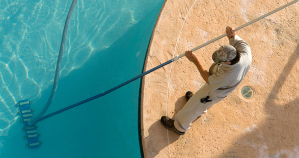 DIY Tips For Keeping Your Pool Clean