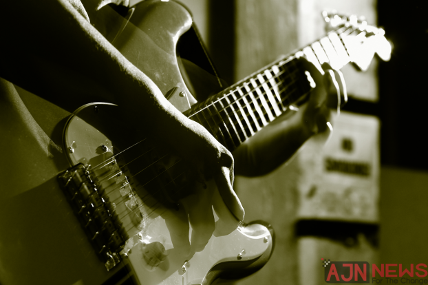 Fancy Yourself As A Guitar God? Here Are Our Favourite Guitarists!