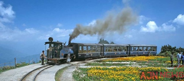 Sightseeing In The Hill Station Of Darjeeling