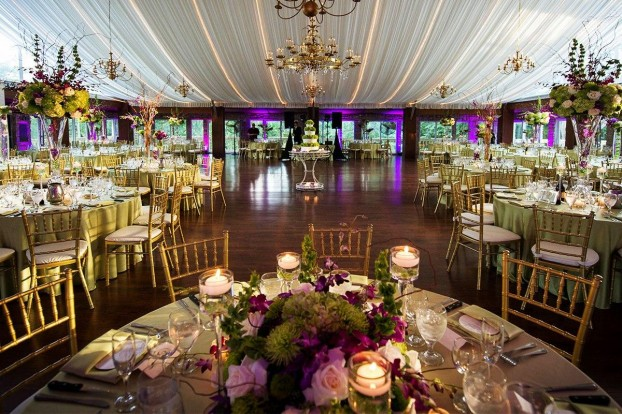 Know How To Plan Your Wedding Decorations Effectively