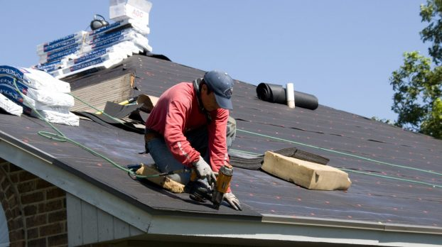 Reasons To Hire A Local Roofing Company