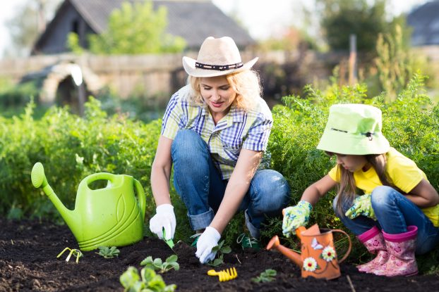 9 Amazing Advantages Of Doing Gardening With Kids