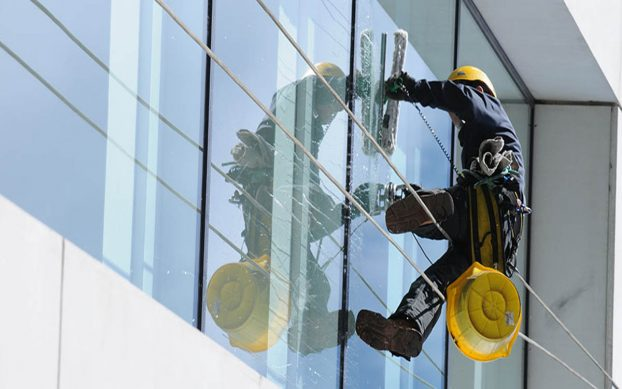 Hire The Best Window Cleaners With These Tips